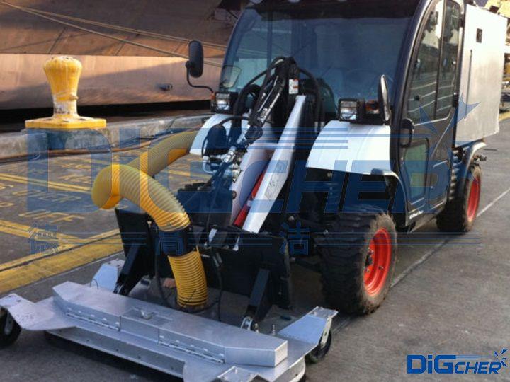 DLt2700HP机场跑道除胶车