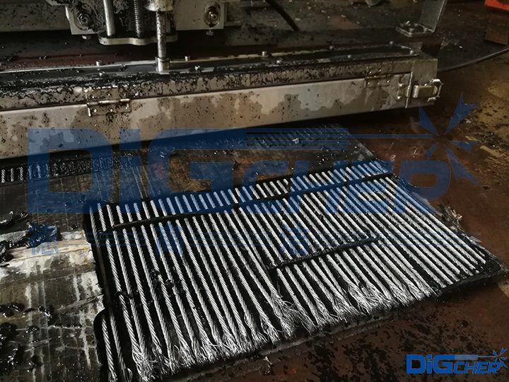 D1200-1520输煤皮带自动剥离机剥离效果
