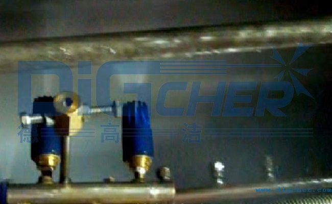 高压水自动化镀锌机组光整机轧辊在线清洗装置